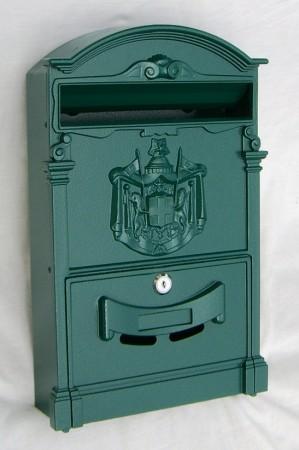 Zöld postaláda