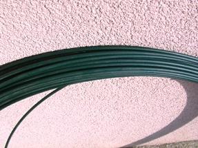Horganyzott huzal, Zöld PVC-vel bevont feszítőhuzal