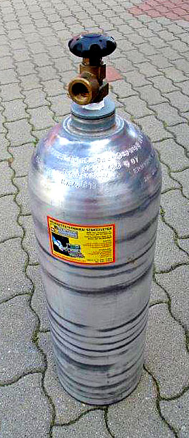 Sűrített levegős palack 17l-es extra könnyű alumínium ötvözetből töltve