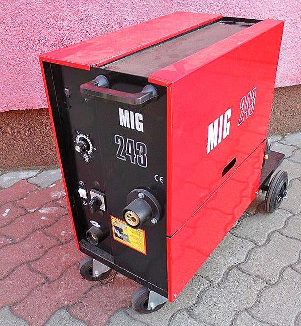 MIG 243A 400V MIG/MAG Trafós védőgázos új hegesztőgép, fogaskerekes tolóval