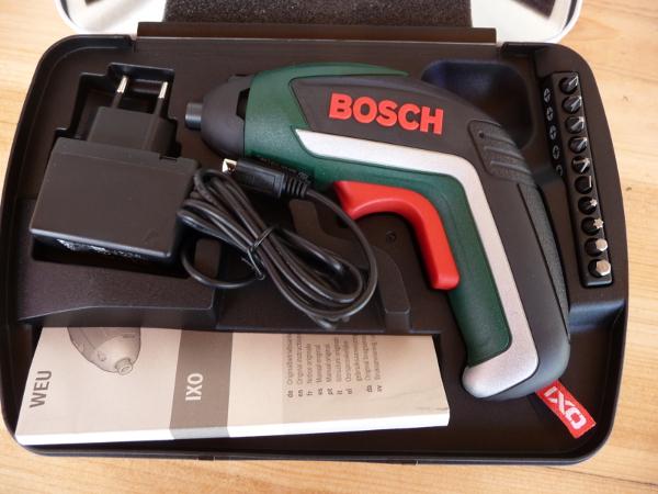 Bosch IXO akkumulátoros csavarozó