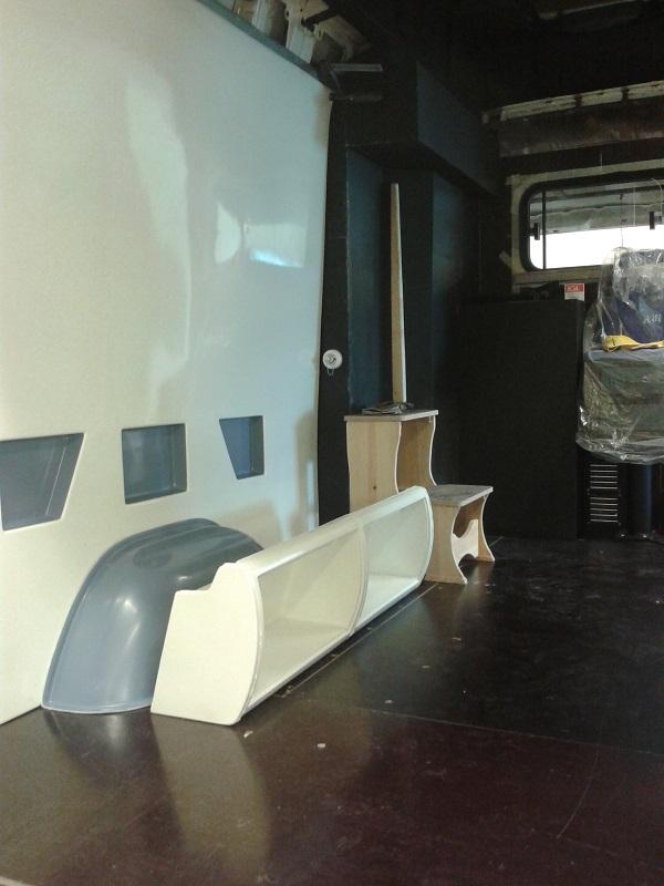 WV Crafter Furgon belső burkolat prototípus gyártás