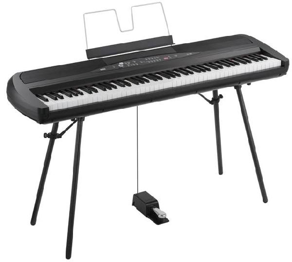Korg SP-280BK digitális zongora BK/WH