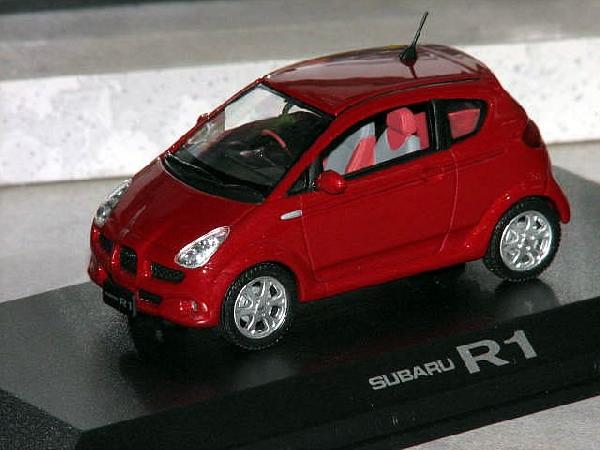 Subaru R1 1/43 Norev