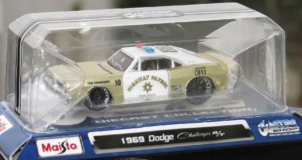 Dodge Challenger R/T 1969 ~1/64