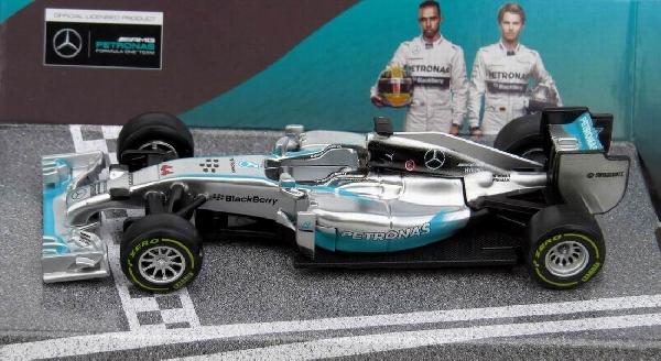 Mercedes AMG Petronas F1 W05 Hybrid 1/43 Bburago