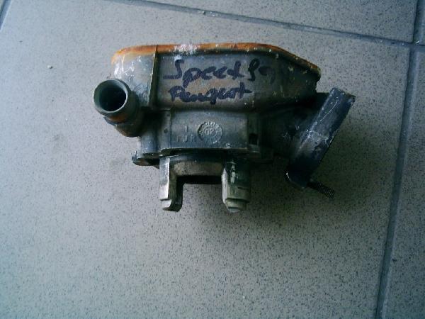 Peugeot Speedfiht bontott  henger.