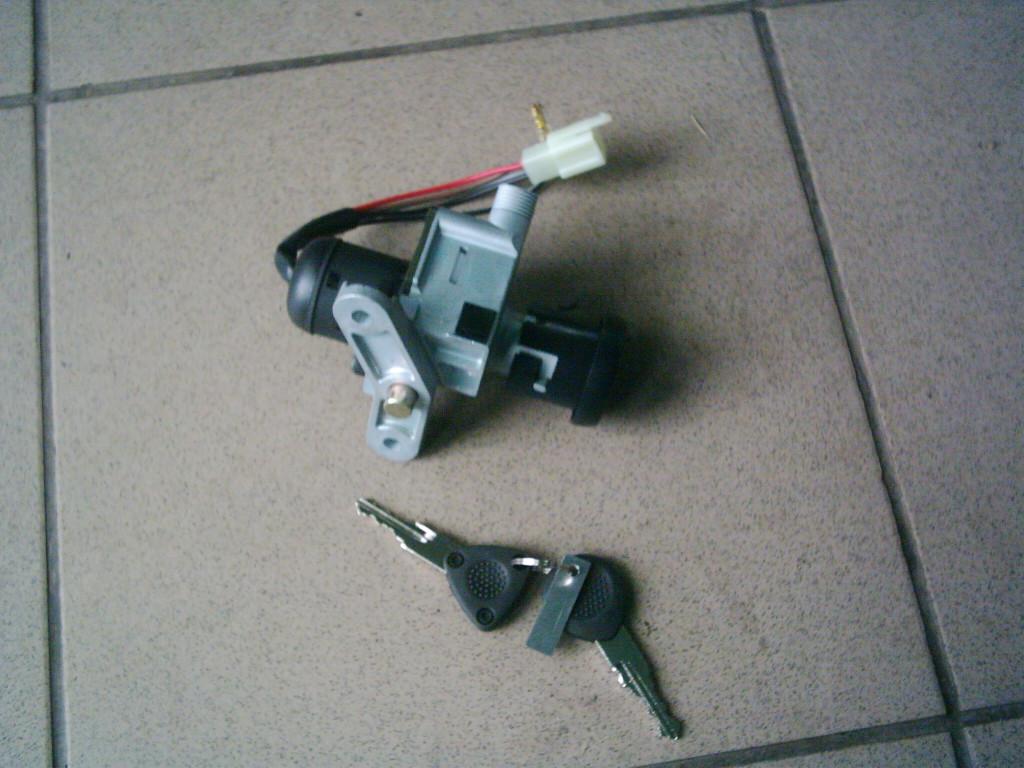 Yamaha Neos , MBK ovetto ÚJ gyújtáskapcsoló.