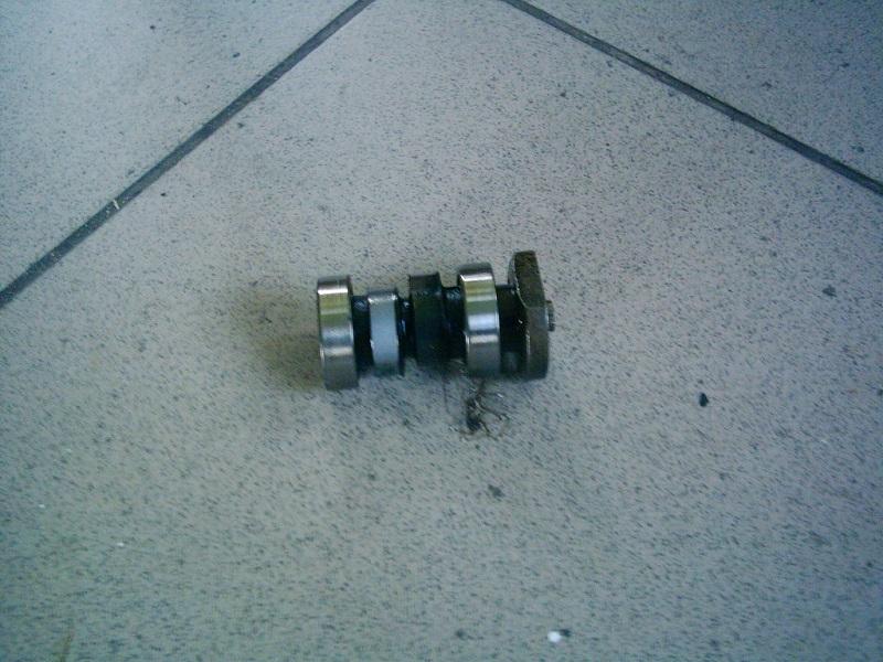 Suzuki Address V50, Lets 4, Bullett 4T  injektoros bontott vezérmű tengely.