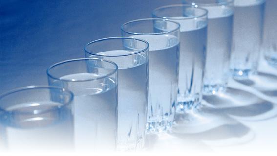 mennyi tisztított vizet kell fogyasztani